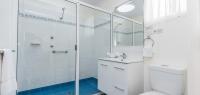 06-shower-no24-26-30-32