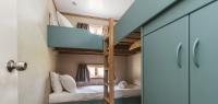02-second-bedroom-no28-36