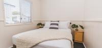 01-main-bedroom