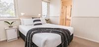 01-main-bedroom_0